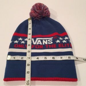 cd8584c4768 Vans Accessories - 🧢VANS red white blue Only for the Elite knit hat